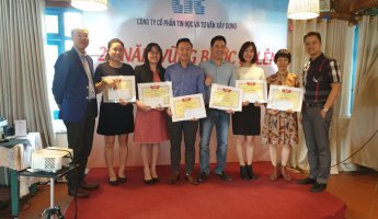 Trao giải thưởng công đoàn - Lễ kỷ niệm 28 năm thành lập Công ty CIC